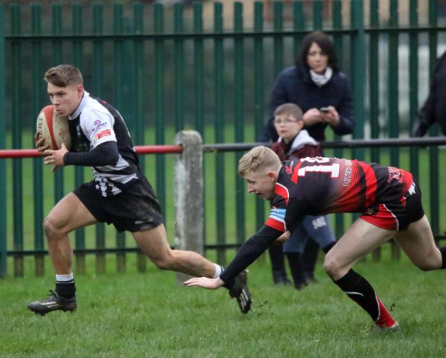 ON THE RUN: Kane Teear-Bourge makes a break for Bedwas (Picture: IAN LOVELL)