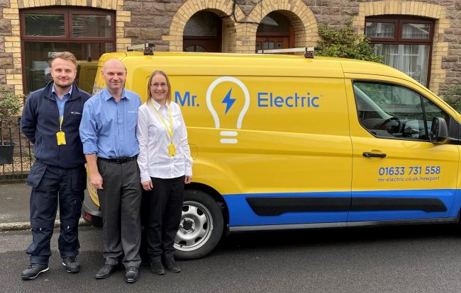 Michael Stewart and Tracy Yarnall launch Mr. Electric Newport