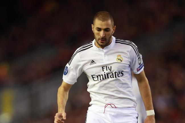According to reports from Spain, Karim Benzema has signed a contract extension with Real Madrid