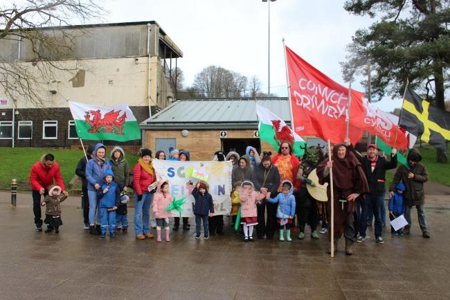 Pupils from Ysgol Feithrin Pontypwl with their parents and staff parading through Pontypool Park for St David's Day. Picture: Ysgol Feithrin Pontypwl.