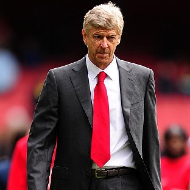 Arsene Wenger is in no hurry to sign a new deal at Arsenal