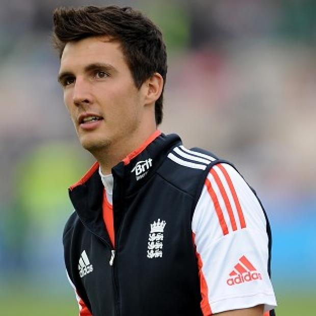 Free Press Series: Steven Finn will not feature for England in the first Test against India