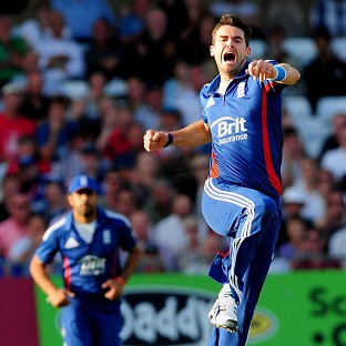 James Anderson continued his fine form with five wickets in