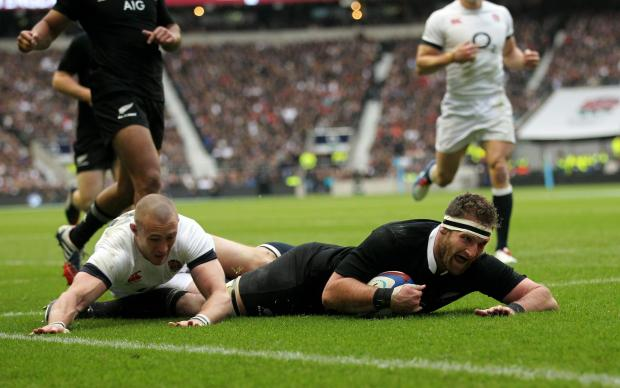 New Zealand's Kieran Read scores their second try during the QBE International at Twickenham Stadium, London. PRESS ASSOCIATION Photo. Picture date: Saturday November 16, 2013. See PA story RUGBYU England. Photo credit should read: David Davies/PA Wir