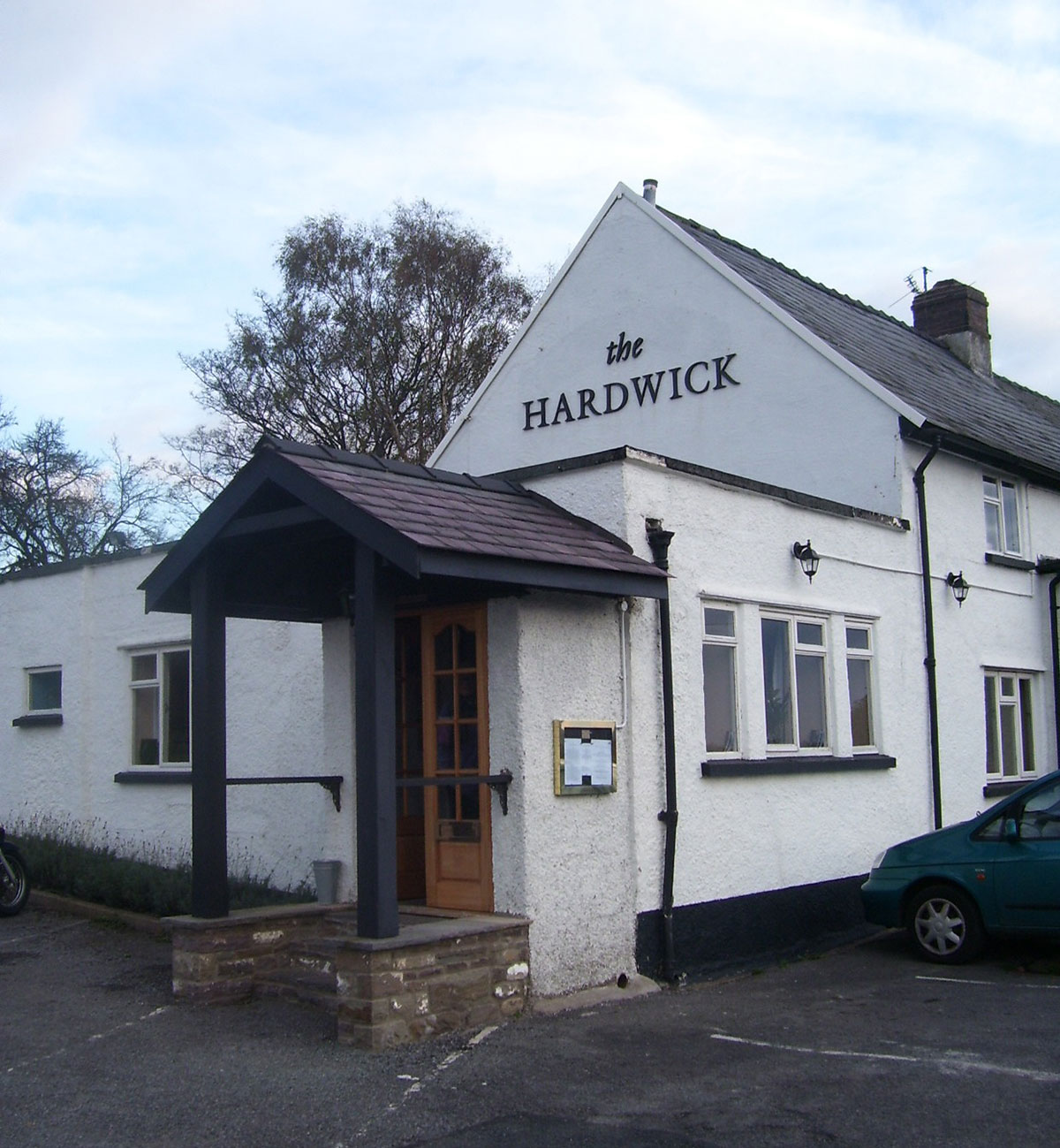 Chef at top Abergavenny restaurant, The Hardwick, denies throwing fish guts