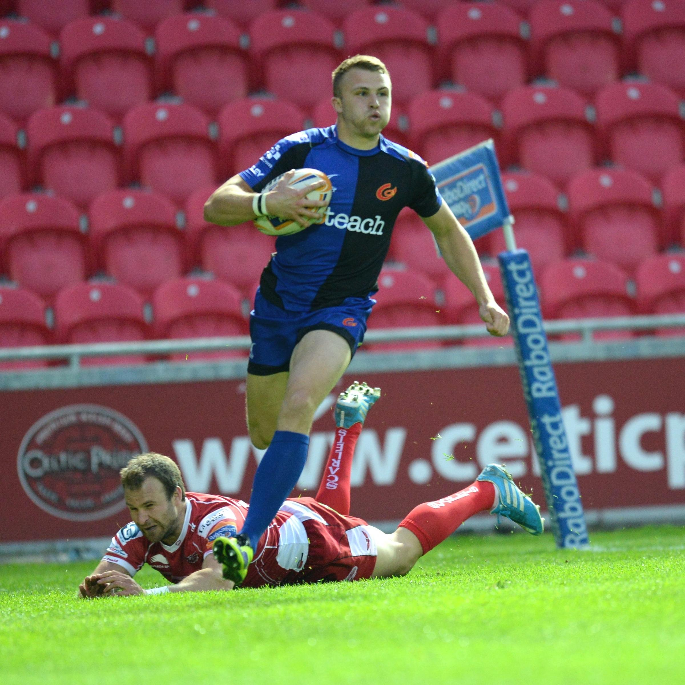 Scarlets v Dragons. Tom Prydie gets his second try of the game. (5904131)