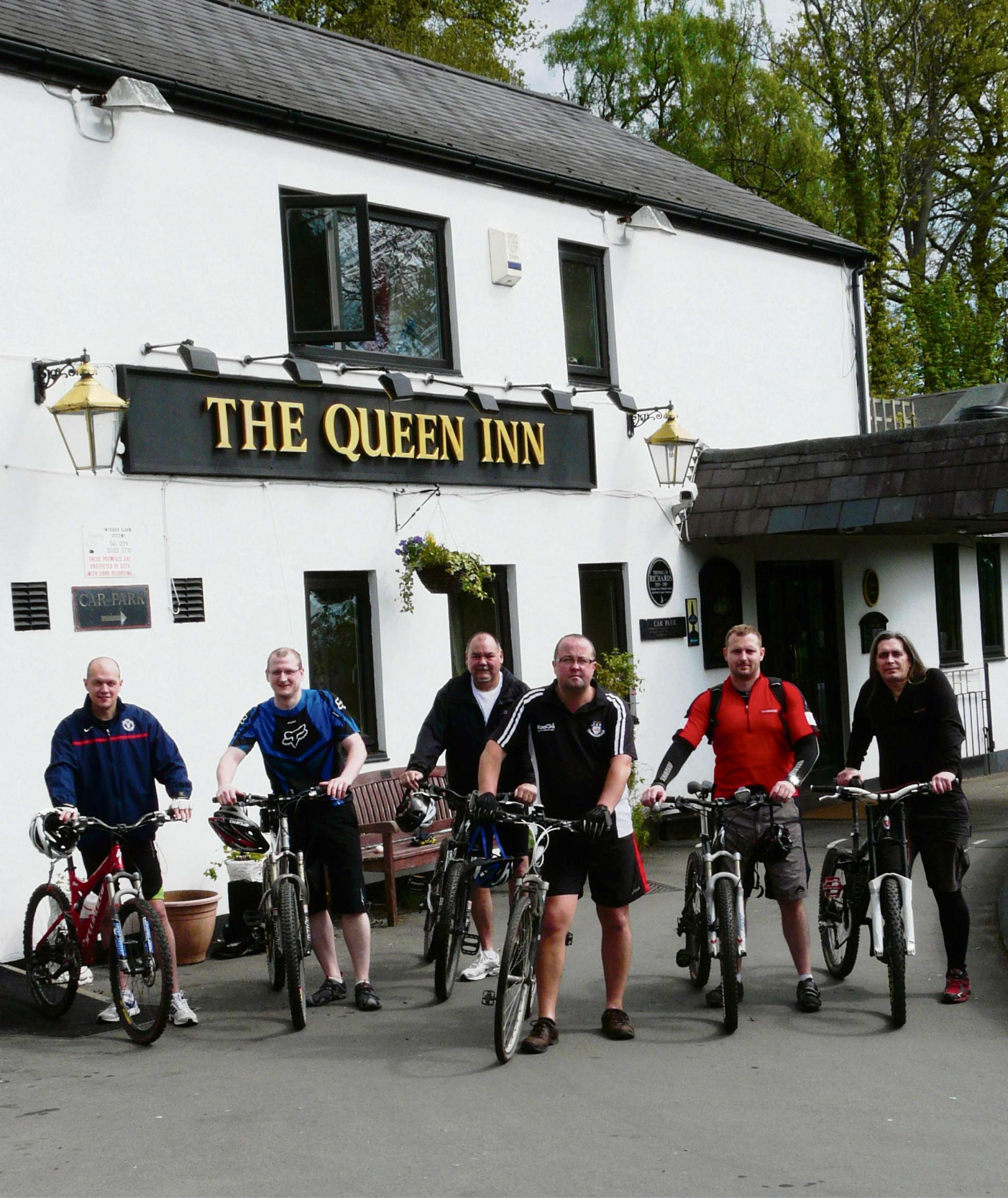 Cwmbran pub landlords stage 37-mile charity bike ride