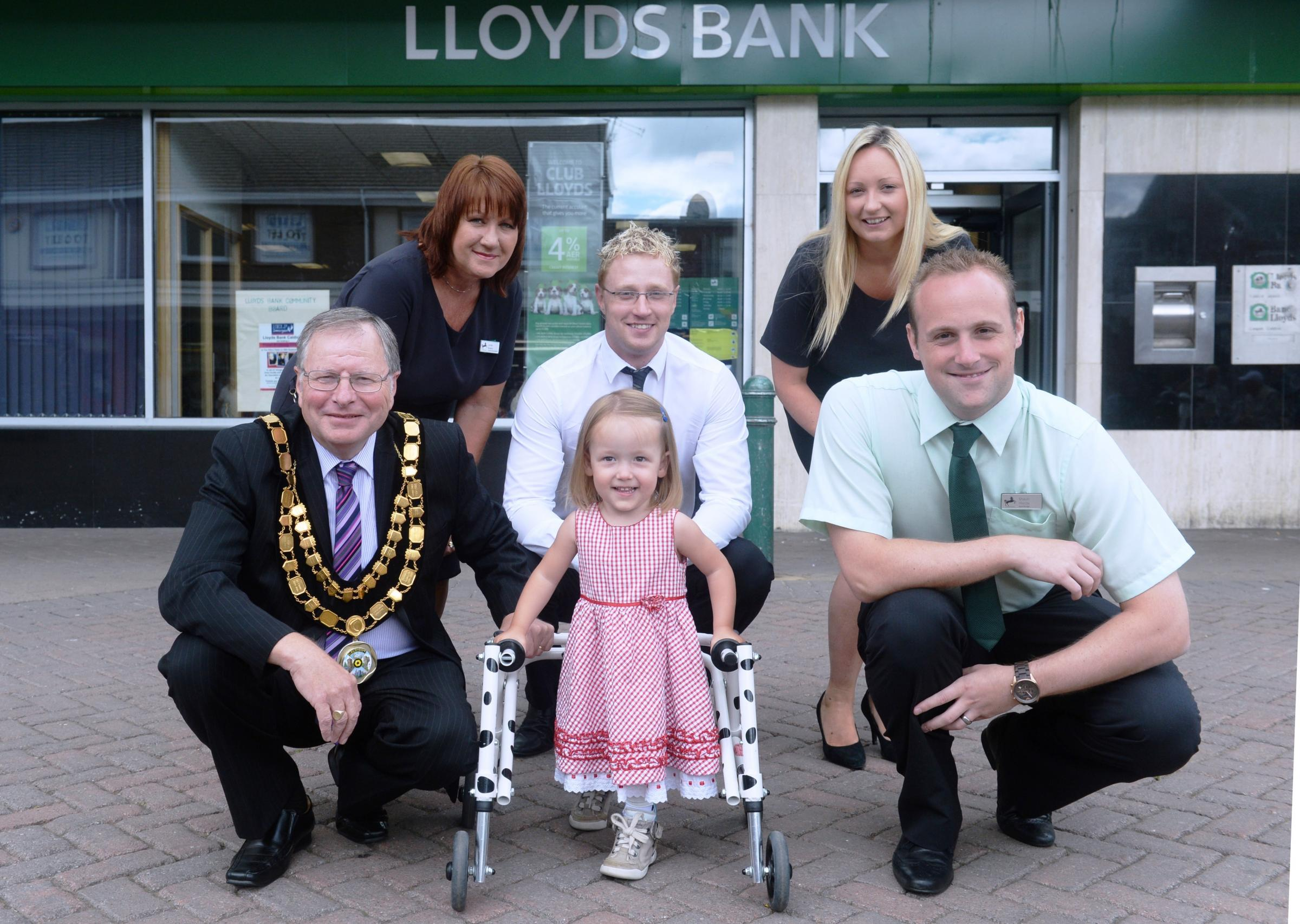 Bank's charity dinner to help Gwent tot walk