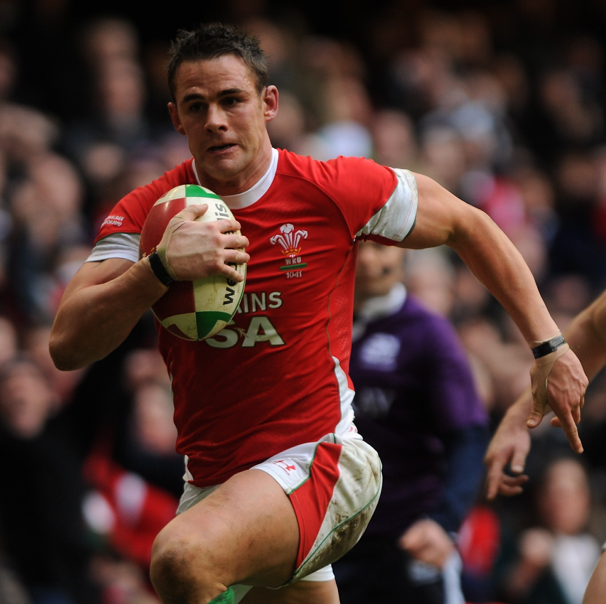 EXPERIENCE: Dragons captain Lee Byrne in action for Wales