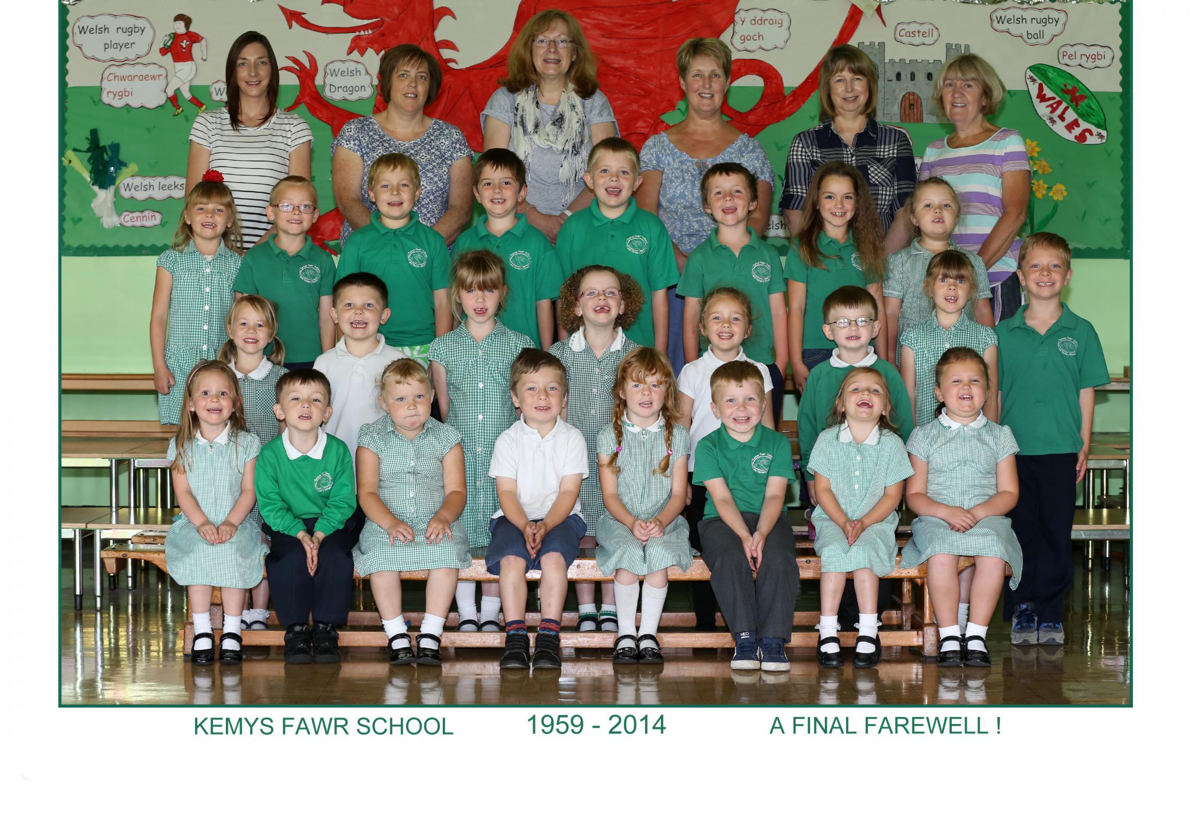 FINAL FAIRWELL: Pupils' keepsake photograph taken by Nigel Bloomer.