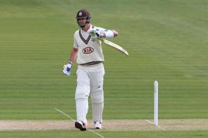 Glamorgan and Surrey share spoils as Pietersen reaches 50