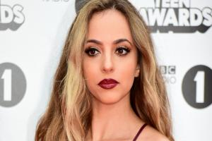 Little Mix's Jade tweets a beautiful message of support for a young woman she spotted out on a first date
