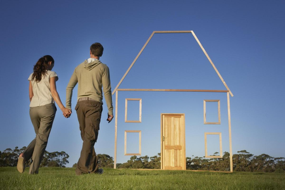 why do you need to instruct a solicitor when you buy a house