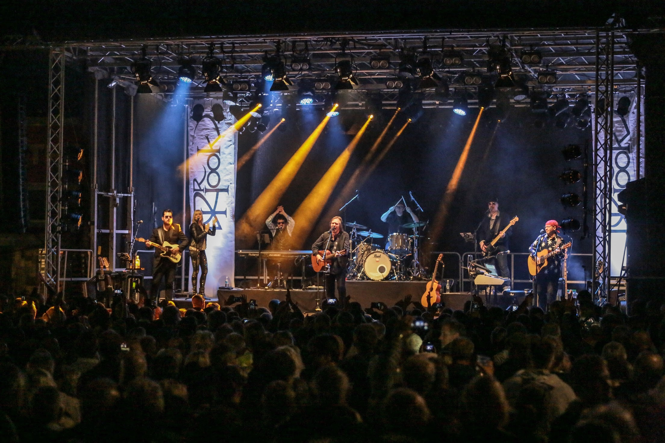 Dr Hook are back with one of only three UK concerts this year, at Chepstow Castle