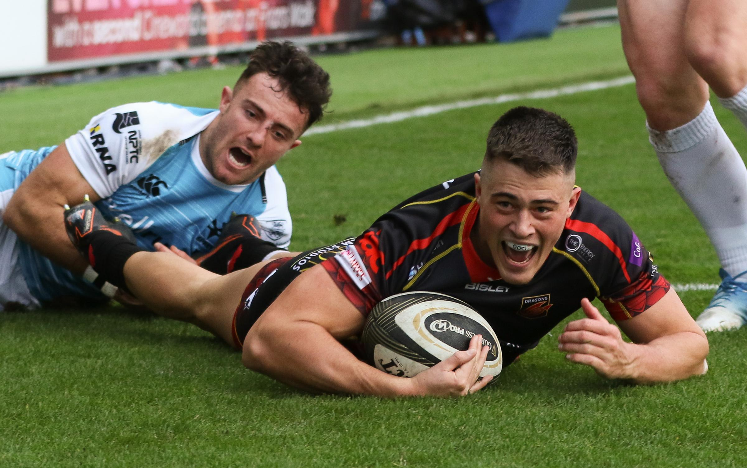 Abersychan's Jared Rosser scores his wonder try for the Dragons in their derby victory over the Ospreys on Sunday. Picture: Huw Evans Agency